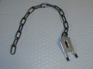 Freedom Brand Wolf Fang Earth Anchors with Chain (Dozen)